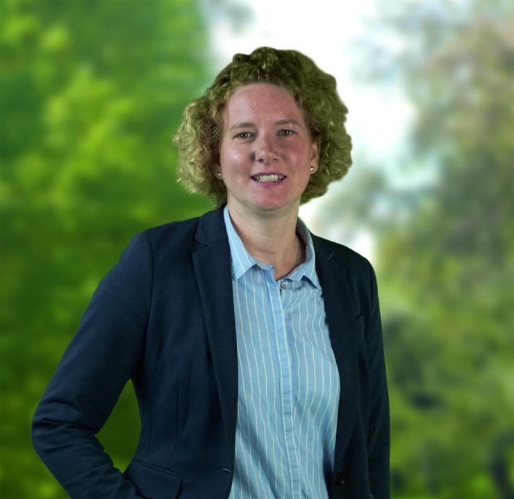Julia Robrecht